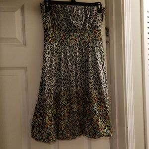 EUC DRESS STRAPLESS